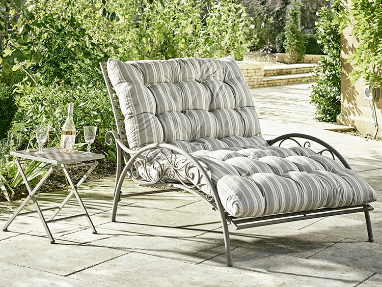 eclectic outdoor furniture. Launched In 2001 As A Superior Alternative To The Plethora Of Furniture Catalogues Around At Time, Cox And Have Got Outdoor Living Sussed. Eclectic